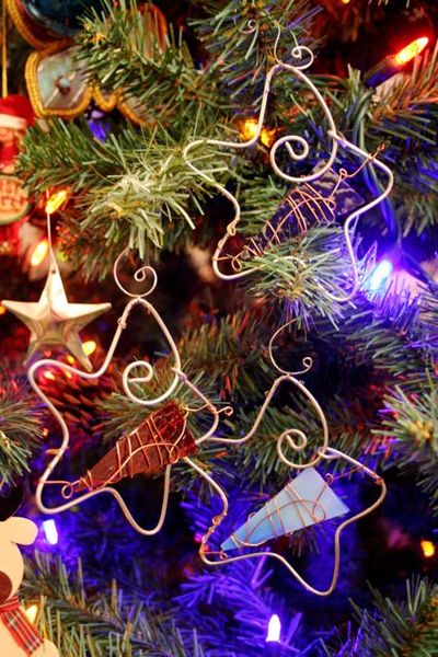06dec08_ornaments
