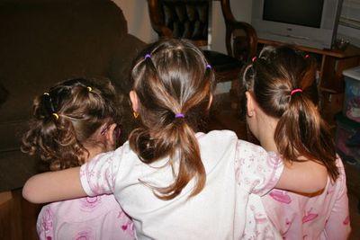 01mar09-ponytails