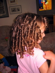 Sophia_curls3_22may06